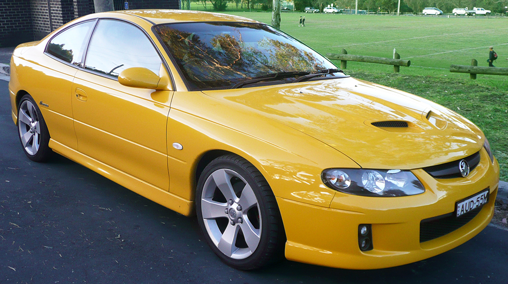 2004-2005_Holden_VZ_Monaro_CV8_coupe_01