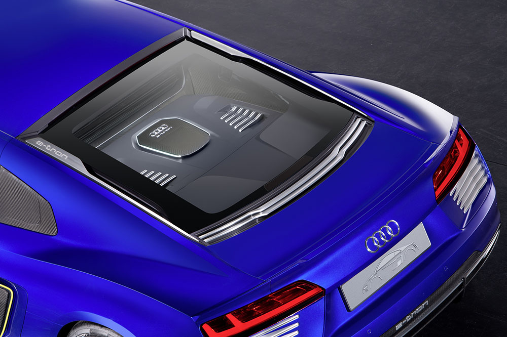 audi-r8-etron-piloted-driving-ces150149-1