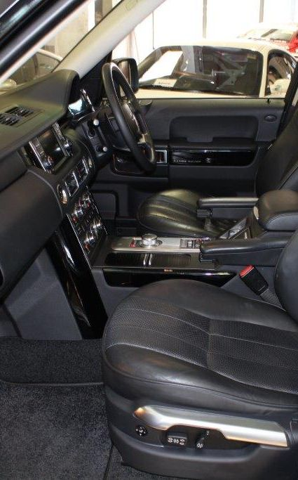 2012 LAND ROVER RANGE VOGUE- for sale in Australia