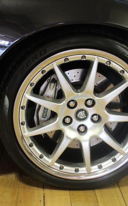 Jaguar XKR Coupe - 2003