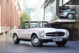 1969 Mercedes-Benz 280SL Pagoda