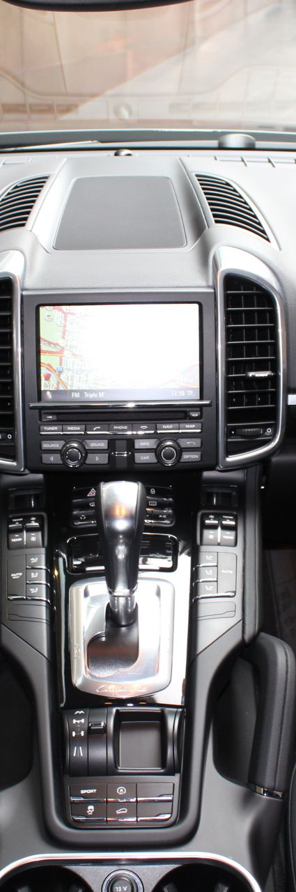 2012 PORSCHE CAYENNE 92A MY13 TIPTRONIC- sold in Australia