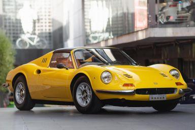 1973 Ferrari Dino 246 GTS Targa 2dr Man 5sp 2.4