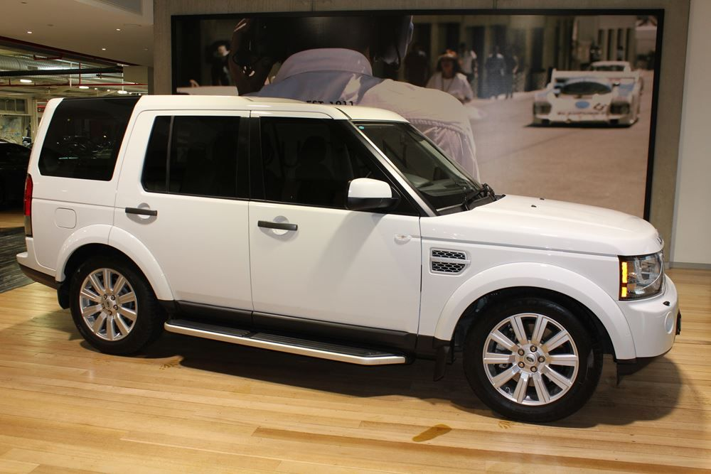 2013 land rover discovery 4 series 4 my13 sdv6 se. Black Bedroom Furniture Sets. Home Design Ideas