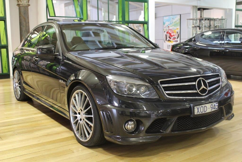 2010 mercedes c63 amg for Mercedes benz c63 amg 2010