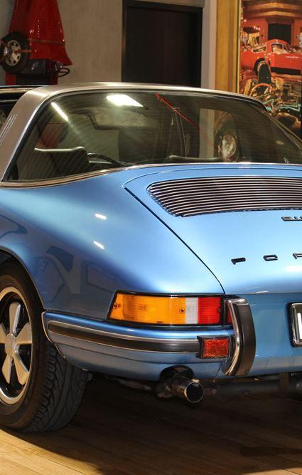 1973 Porsche 911T - Resized