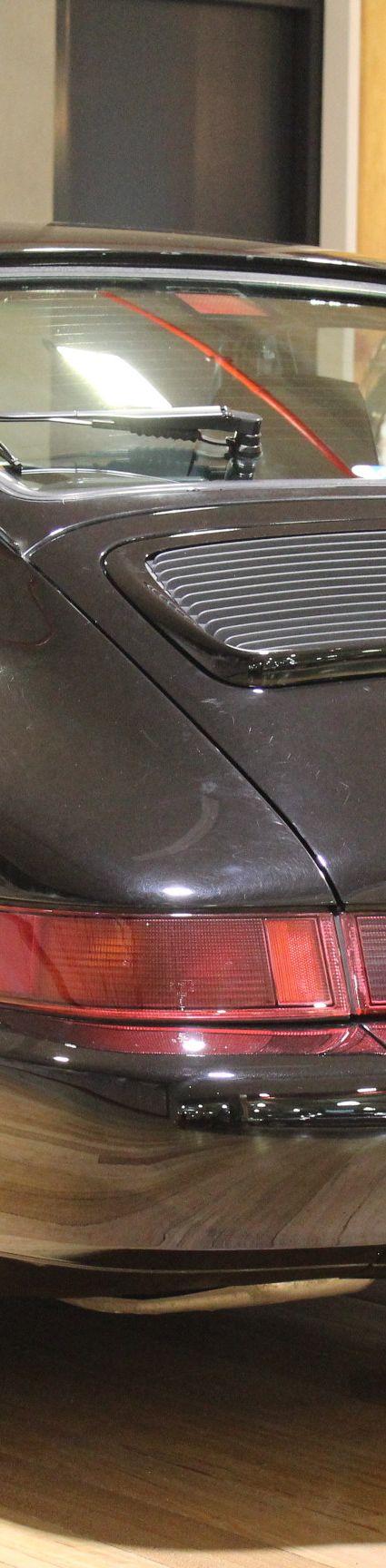 1990 Porsche 911/964 Carrera 4