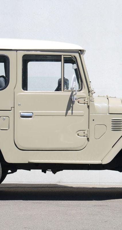 81 Toyota Landcruiser FH40_IT1415(DUTGAR)_002