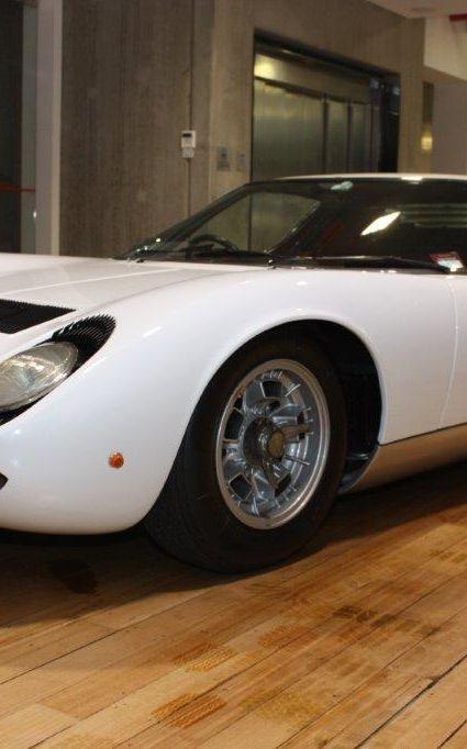 1970 Lamborghini Miura S 10