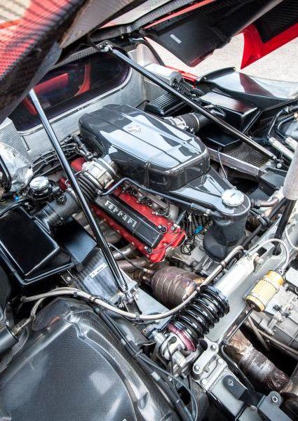 Ferrari-Enzo-34