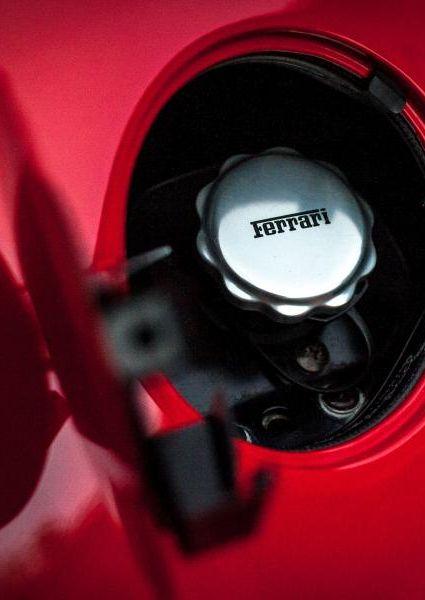 Ferrari-Enzo-45