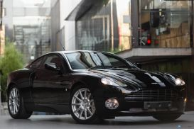 2007 Aston Martin Vanquish S Ultimate Coupe 2dr Mac 6sp 6.0i [MY07]
