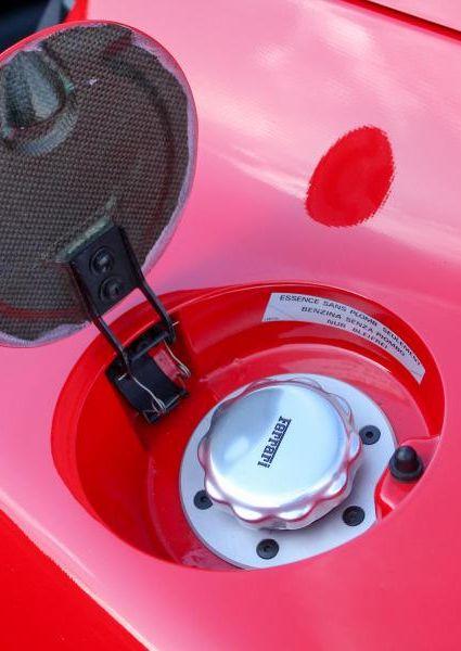 Ferrari-F50-Red-7