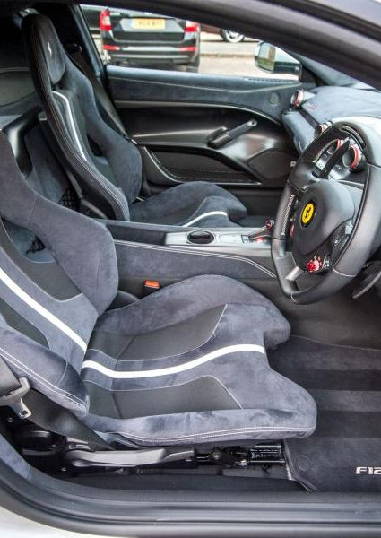 Ferrari-F12-TDF-25