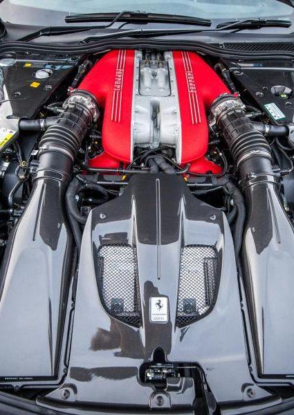 Ferrari-F12-TDF-35