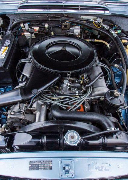 1971-Mercedes-Benz-280SE-3.5-53