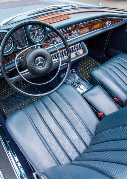 1971-Mercedes-Benz-280SE-3.5-46
