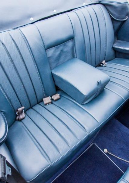 1971-Mercedes-Benz-280SE-3.5-49