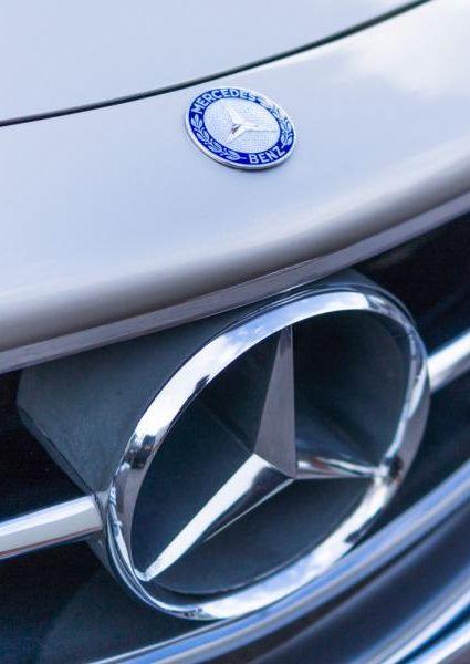 Mercedes-Benz-300SL-Roadster-4