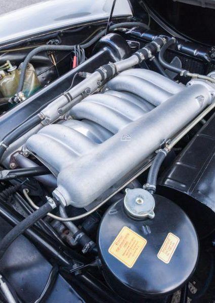 Mercedes-Benz-300SL-Roadster-30