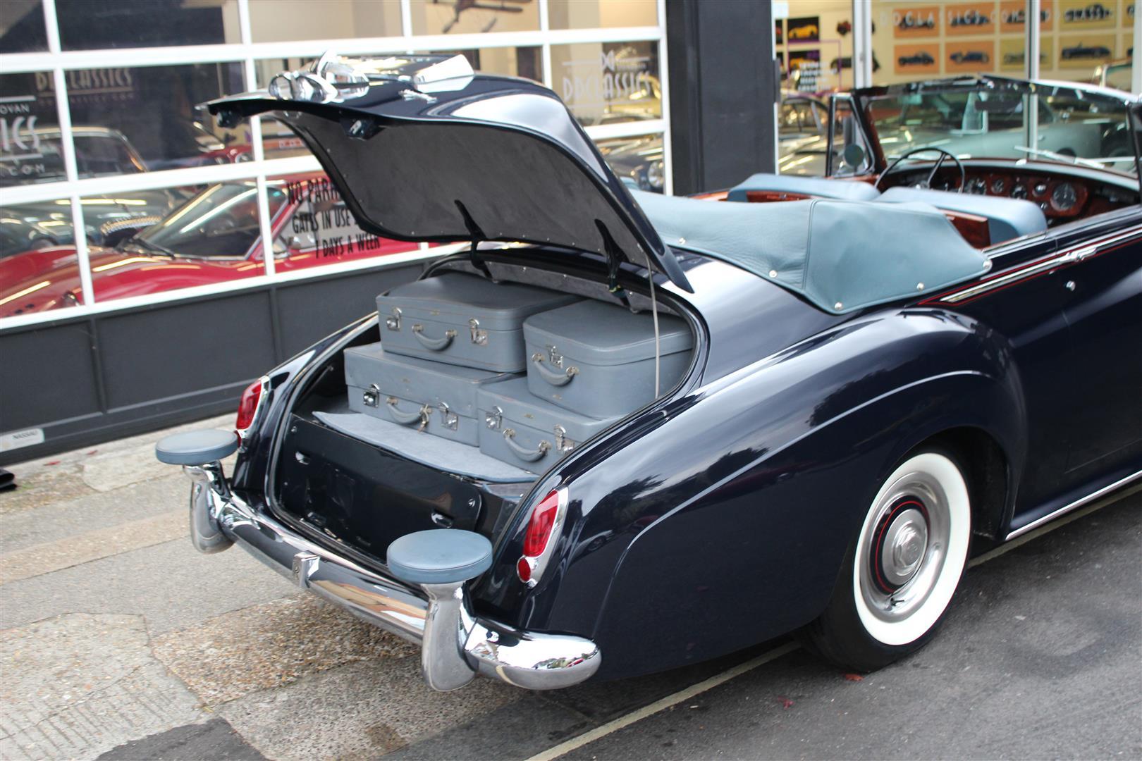 1961 Rolls-Royce Silver Cloud II H.J. Mulliner Drophead ...