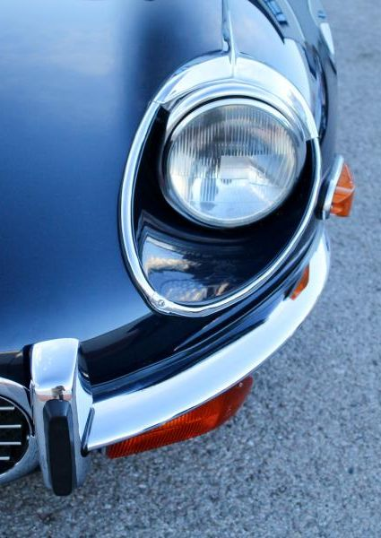 Jaguar-E-Type-S3-V12-13