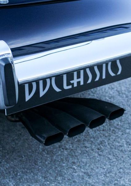 Jaguar-E-Type-S3-V12-18