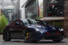 2017 Aston Martin V8 Vantage S Red Bull Racing Edition Coupe 2dr Man 6sp 4.7i [MY17.5]