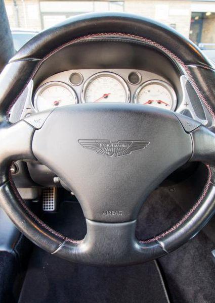 Aston-Martin-Vanquish-S-14