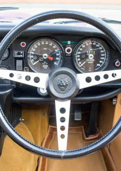 Jaguar-E-Type-Series-3-V12-20
