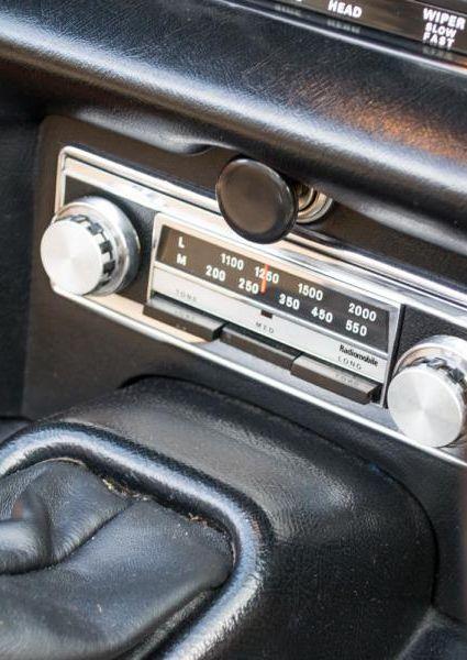Jaguar-E-Type-Series-3-V12-21