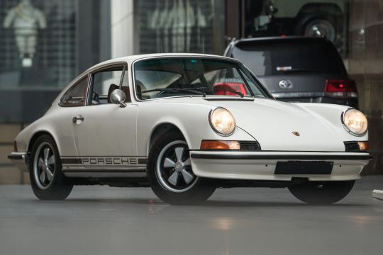 1973 Porsche 911 F E Coupe 2dr Man 5sp 2.4i